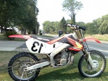 1998 CR 250R Dirt Bike