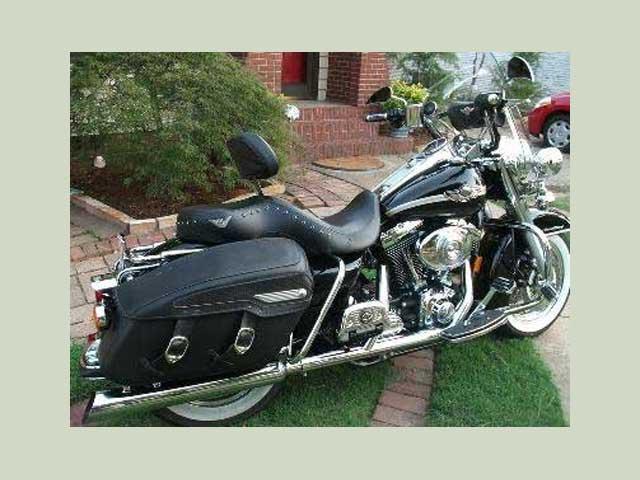 2003 Harley touring bike