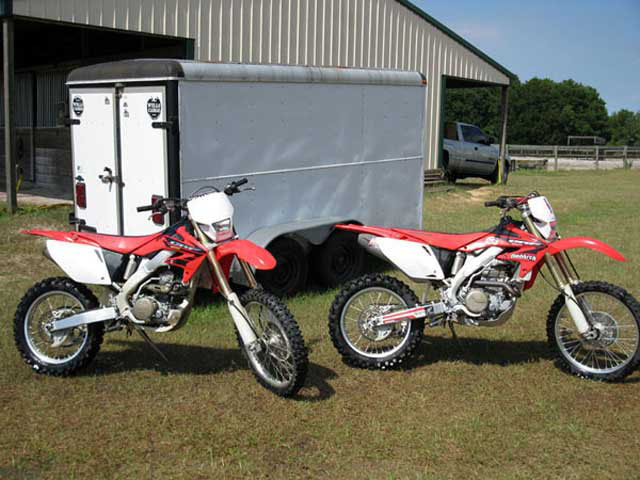 CRF450X and CRF250X dirt bikes